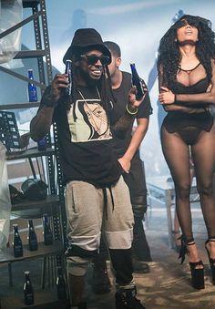 Nicki Minaj In iconic Black Leotard Costume While Promoting New Video Nicki  Minaj Interview d61382637712