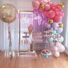 Birthday Party For Teens, Barbie Birthday, 24th Birthday, Birthday Party Themes, Sweet 16 Party Decorations, Birthday Balloon Decorations, Birthday Balloons, Balloon Shop, Balloon Garland