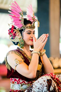 Woman Performing a Traditional Javanese Palace Dance at The Sultan's Palace, Kraton, Yogyakarta, Java, Indonesia