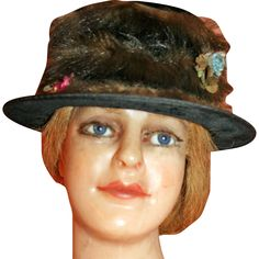 Antique Porkpie Hat in Velvet, Mink, Flowers John Wanamaker c1915 Prov. George Armstrong Custer