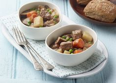 Classic Beef Stew - Recipes for Healthy Living by the American Diabetes Association® Diabetic Recipes For Dinner, Healthy Recipes For Diabetics, Clean Eating Recipes For Dinner, Diabetic Soups, Dinner Recipes, Beef Recipes, Cooking Recipes, Soup Recipes, Recipies