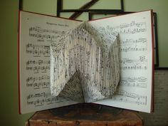 FOLDED BOOKS  http://explodedlibrary.tumblr.com/