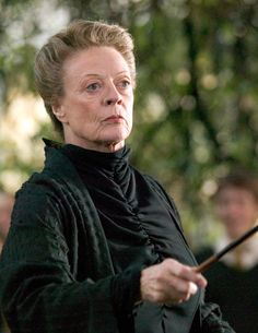 Talented witch, inspiring teacher, and wordsmith extraordinaire. Can you finish these famous Professor McGonagall lines? Carte Harry Potter, Harry Potter Script, Estilo Harry Potter, Saga Harry Potter, Mundo Harry Potter, Harry Potter Pictures, Harry Potter Books, Harry Potter Universal, Harry Potter Characters