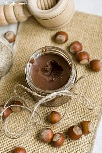 Jajka wielkanocne w galarecie - Tego potrzebujesz:… na Stylowi.pl Diy Holiday Gifts, Homemade Christmas Gifts, Nutella, Breakfast Time, Creative Food, Sweet Recipes, Cookie Recipes, Food To Make, Sweet Tooth