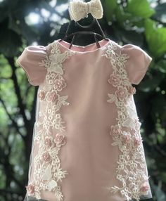 Baby Girl Party Dresses, Dresses Kids Girl, Kids Outfits, Flower Girl Dresses, Moda Kids, Dress Anak, Baby Dress Design, Baby Dress Patterns, Kids Frocks
