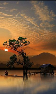 Sunset is the sunset in the afternoon. That time is beautiful scenery. We will present an article about sunset quotes love. Amazing Photography, Landscape Photography, Nature Photography, Photography Sketchbook, Photography Women, Photography Business, Photography Ideas, Travel Photography, Beautiful World