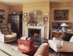 """The sitting room in Edward Hurst's Dorset residence. From """"The Master of the Hunt"""" with photography by Tim Beddow; Country Style Homes, Country Life, Country House Interior, England, Living Room, Sitting Rooms, Inspiration, Memories, Home Decor"""