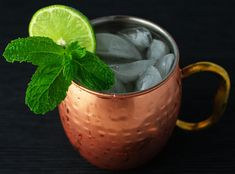 This Traditional Moscow Mule is so easy to make and is the Perfect Cocktail for the Holidays!   http://Tastefulventure.com