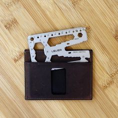 What do #007, #wallets, #toddlers, and #multitools have in common? Well, according to Jen, they're all reasons you need to carry a wallet multitool. Read on to learn more! ~Link in Bio~ #toolcardtuesday