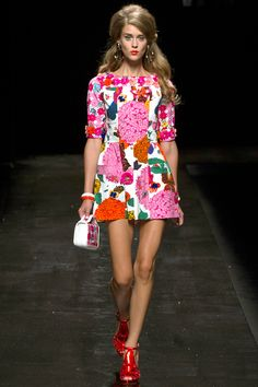 Moschino Spring 2013 RTW - Review - Fashion Week - Runway, Fashion Shows and Collections - Vogue - Vogue