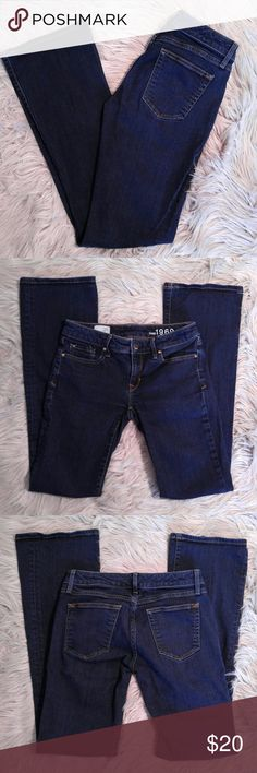 "GAP Sexy Boot Jeans GAP Sexy Boot Jeans Size 26L 14"" waist 31"" inseam EUC GAP Jeans Boot Cut"