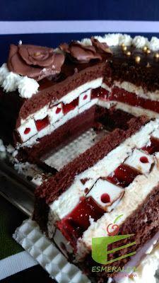 Esmeralda ze smakiem: Tort czekoladowy z ptasim mleczkiem Ale, Bakery, Sweets, Desserts, Recipes, Food, Diet, Tailgate Desserts, Deserts