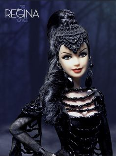"""Regina, evil queen of the series """"Once Upon a Time"""", with exclusive design Refugio Rosa Queen Costume, Doll Costume, Barbie Costumes, Barbie Dress, Barbie Clothes, Barbies Dolls, Poupées Barbie Collector, Gothic Dolls, Barbie Fashionista"""