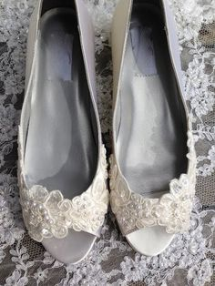 Victorian Style Low Heel Bridal Open Toe Pump by LaBoutiqueBride Bridal Flats, Wedding Flats, Wedding Shit, Vintage Wedding Jewelry, Dressy Shoes, Bridesmaid Shoes, Open Toe Flat Shoes, Pumps, Bride Shoes