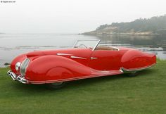 Delahaye. A Tex Avery wolf should be driving this car...