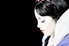 Snow White (Danielle Stilwell)