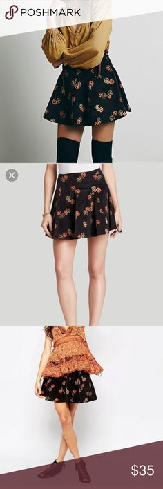 floral corduroy Good day sunshine skirt Free people size 6. Doesn't fit me anymore but such a great style and fit! Perfect condition! Also seen on Zooey deschanel on new girl Free People Skirts Mini