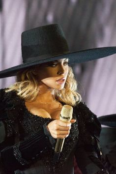 Beyoncé Formation World Tour Stadio Meazza ( San Siro ) Milan Italy 18th July 2016