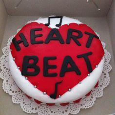 Heartbeat Choir Cake