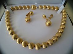 Vintage Gold Tone Bead Necklace with matching by My3LadiesJewelry, $24.95