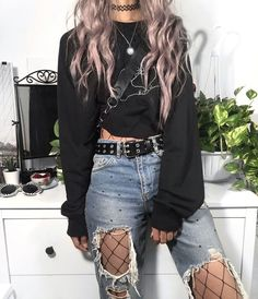 Grunge Outfits ` Grunge Outfits - Source by kimbannert - Retro Outfits, Teenage Outfits, Hipster Outfits, Teen Fashion Outfits, Cute Casual Outfits, Mode Outfits, Vintage Outfits, Cute Grunge Outfits, Punk Rock Outfits