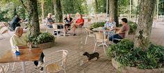 Ενα διεθνές καφέ, μισό στη Γερμανία, μισό στην Ελβετία -Τα αόρατα σύνορα της Ευρώπης [εικόνες]