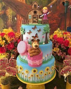 """3,216 Me gusta, 51 comentarios -  BLOG FESTEJAR COM AMOR  (@festejarcomamor) en Instagram: """"Você vai fazer uma festa com tema Masha e o Urso? Olha que linda essa inspiração! Decoração…"""""""