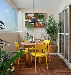 Falta de luz solar não é motivo para não ter plantas em casa: separamos 15 espécies que vão deixar sua varanda mais verde (e que se dão bem na sombra!)