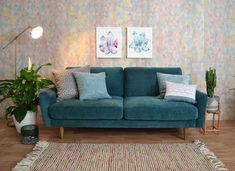 More click [.] Incredible Teal Silver Living Room Design Ideas Grey Sofa In Box Luke Overin 30 Inspirational Living Room Ideas Living Room Design Living Room Sofa, Living Room Decor, Silver Living Room, Kitchen Sofa, White Round Tables, Teal Sofa, Snug Room, Quality Sofas, Room Color Schemes