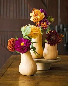 Those are ACTUAL GOURDS being used as vases: | 21 Centerpieces You Can Easily DIY