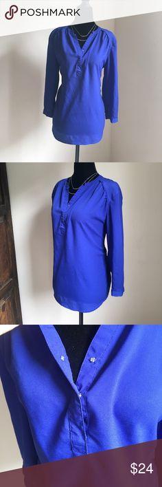 Violet & Claire cobalt blue top sz L NWT Violet & Claire cobalt blue top sz L NWT Violet & Claire Tops Blouses