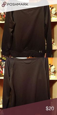 Under Armour sweatshirt Perect for working out outside/inside at the gym. Tops Sweatshirts & Hoodies