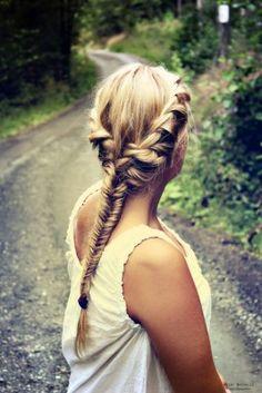 10 peinados que DEBES probar si tienes cabello largo