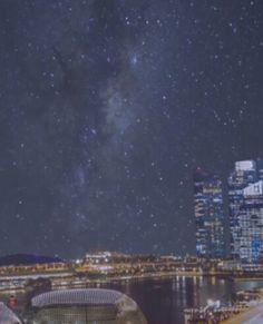 Zobacz wspaniale rozgwieżdżone niebo nad światowymi metropoliami. http://tvnmeteo.tvn24.pl/informacje-pogoda/ciekawostki,49/zobacz-wspaniale-rozgwiezdzone-niebo-nad-swiatowymi-metropoliami,191651,1,0.html
