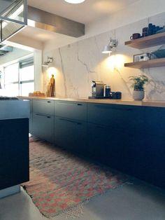 Kitchen Island, Kitchen Cabinets, Kitchen Interior, Cool Kitchens, Sweet Home, New Homes, House Design, Interior Design, Cool Stuff