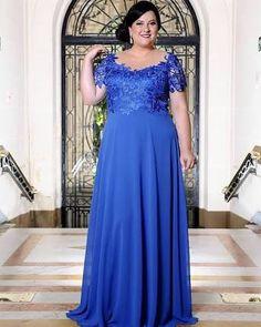 Resultado de imagem para vestidos de festa azul plus size