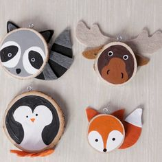 If you're looking for the perfect DIY ornaments to make with your kids, you've found them! These simple and fun wood-slice animal ornaments are a great way to teach your older kiddos how to make… Diy Christmas Decorations For Home, Diy Christmas Ornaments, How To Make Ornaments, Handmade Christmas, Holiday Crafts, Decoration Crafts, Halloween Ornaments, Spring Crafts, Wood Ornaments