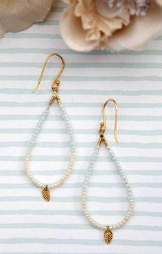 Dråbeformede øreringe med perler - smykker