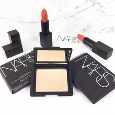 @narsissist highlighting blush in hot sand