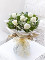 Six Stolen Kisses White. This chic, classic half dozen showcases the very finest large headed white roses beautifully. The roses and gypsophila complement each other perfectly, and the elegant wrap and ribbon add a sophisticated finishing touch. Flower Delivery Uk, Birthday Flower Delivery, Online Flower Shop, Flowers Online, Funeral Flower Arrangements, Floral Arrangements, Belfast, Dublin, Cork
