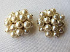 Vintage retro mid century faux pearl cluster earrings by evaelena