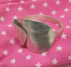 Silberarmreifen polierter / gehämmert 320 von Atelier Regina auf DaWanda.com