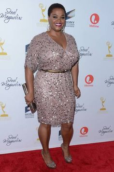 Jill Scott - Doin it curvy girl style! Jill Scott, Curvy Girl Fashion, Plus Size Fashion, Queen Latifah, Girl With Curves, Beautiful Black Women, Beautiful Curves, Swagg, Special Occasion Dresses