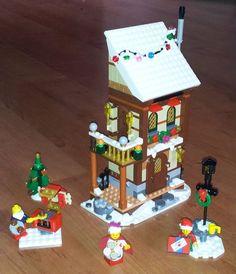 Lego Christmas Sets, Lego Christmas Village, Lego Winter Village, Christmas Crafts, Harry Potter Advent Calendar, Lego Advent Calendar, Lego Site, Lego Gingerbread House, Lego Harry Potter