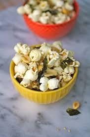 Popcorn with roasted nori. vegan/vegetarian/GF/DF