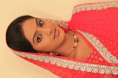 Diya Aur Baati Hum-Star Cast Working Stills