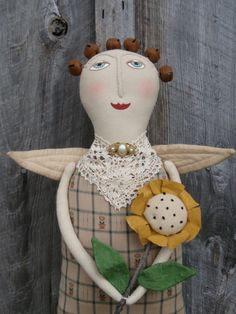 Sunflower Angel E-Pattern. You will require Adobe to open the pdf file. $4.00 The EPattern will be emailed within 24 hours of receiving payment.