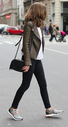 green leather jacket with black jeans & purse