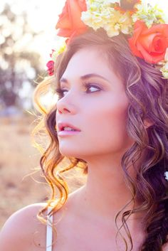 197948cbd How to Make a Floral Halo Headpiece: DIY » Rubies and Ribbon Diy Flower  Crown