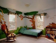 Looking to create a jungle bedroom for your son or daughter? Check out the kids room decorating ideas in this photo. For more kids decor inspiration visit http://kidsroomdecorating.net